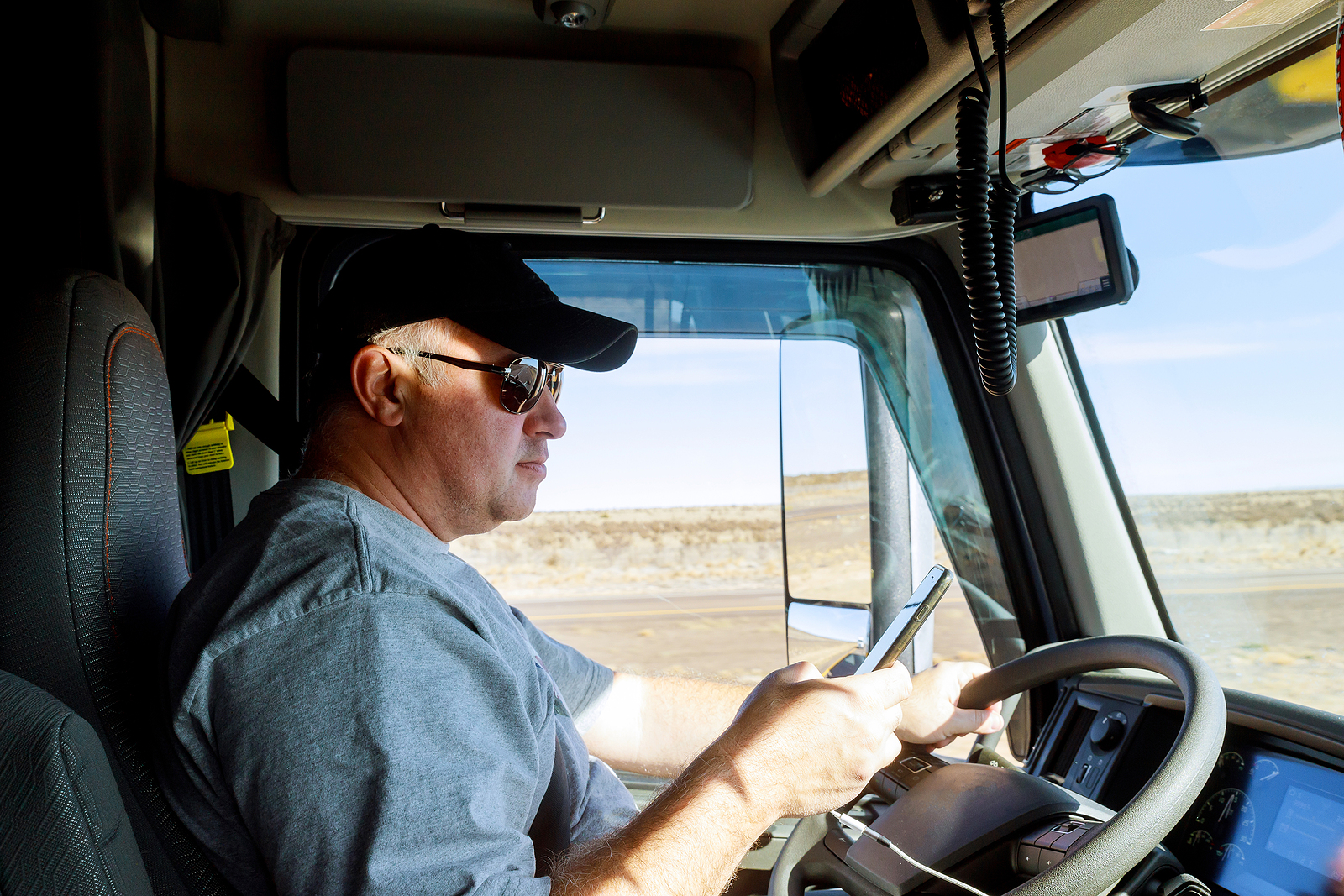 9 Things Every Commercial Truck Driver Should Know