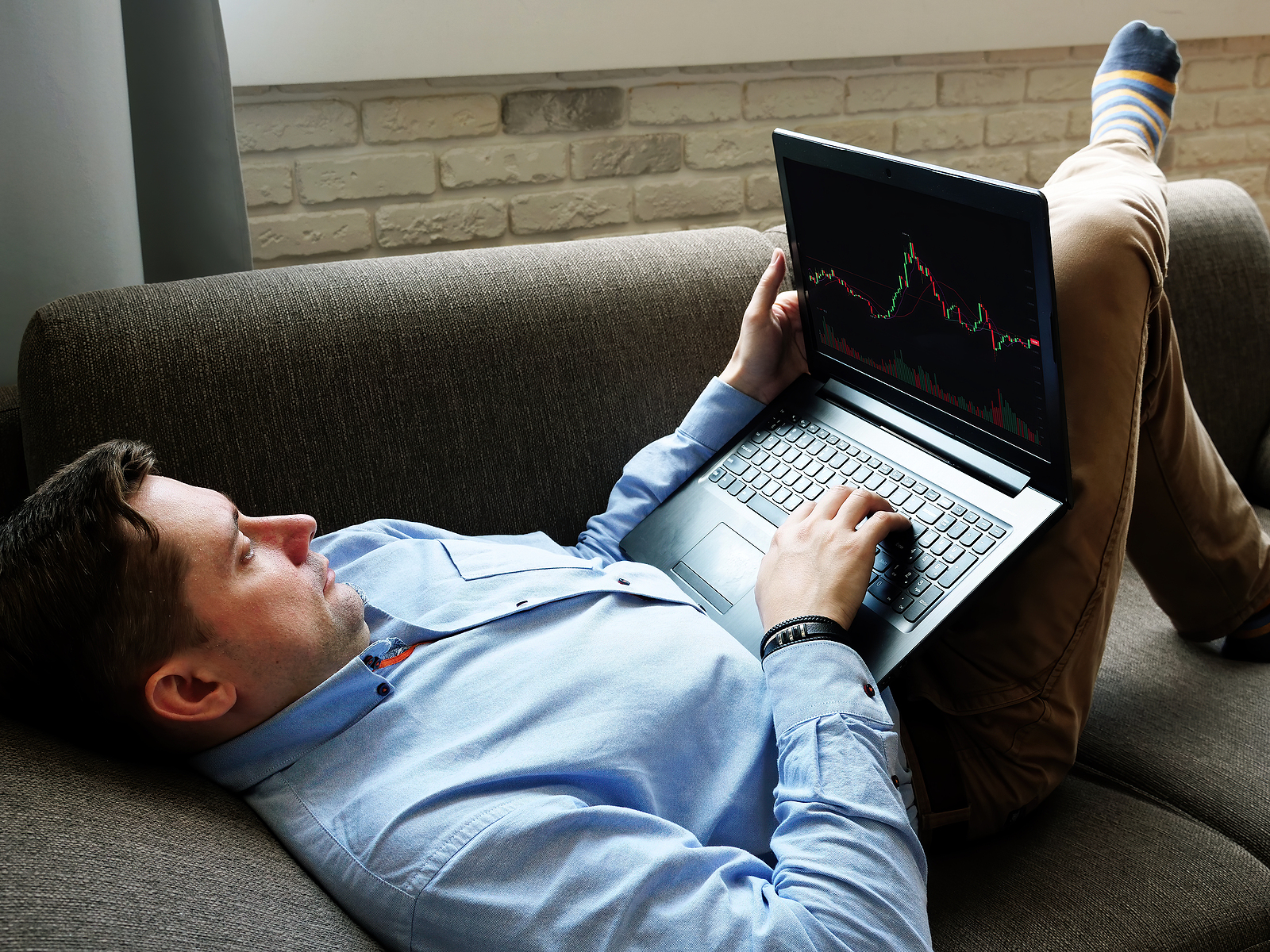How to Approach Online Trading for the First Time