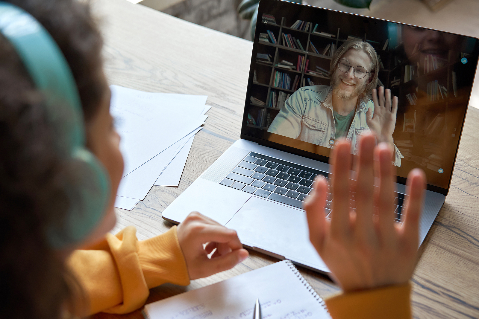 What You Need to Know Before Starting Your Online Tutoring Business