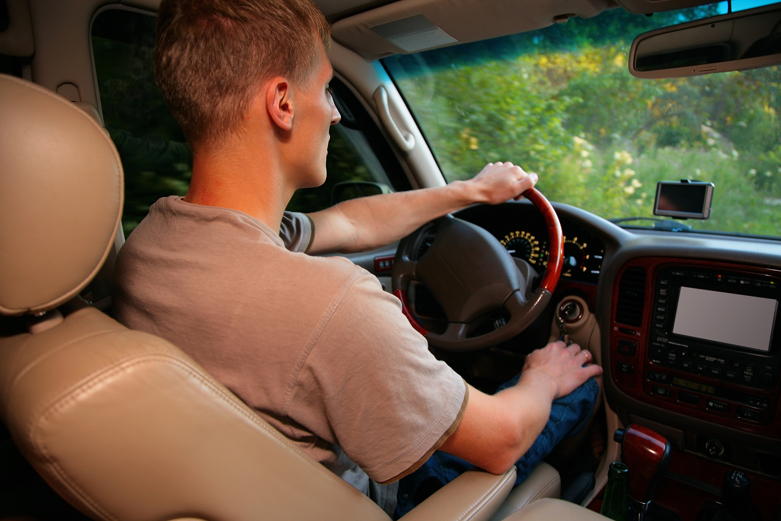 4 Car Accessories for Security and Protection