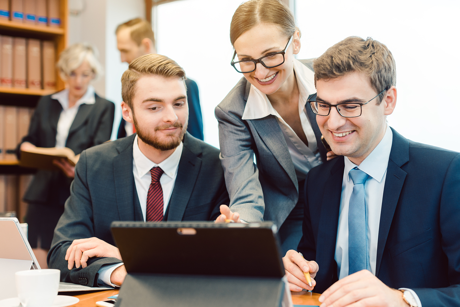 Running a Law Firm: 6 Managerial Tips for Success